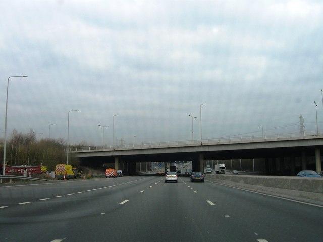 M25 clockwise, junction 16