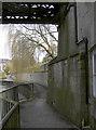 ST7564 : A riverside walk that tells many stories by Neil Owen