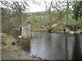 SJ0542 : Bridge remains on the River Dee/Afon Dyfrdwy by M J Richardson