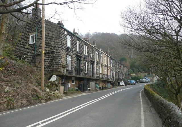 Victoria Buildings, Blackstone Edge Road