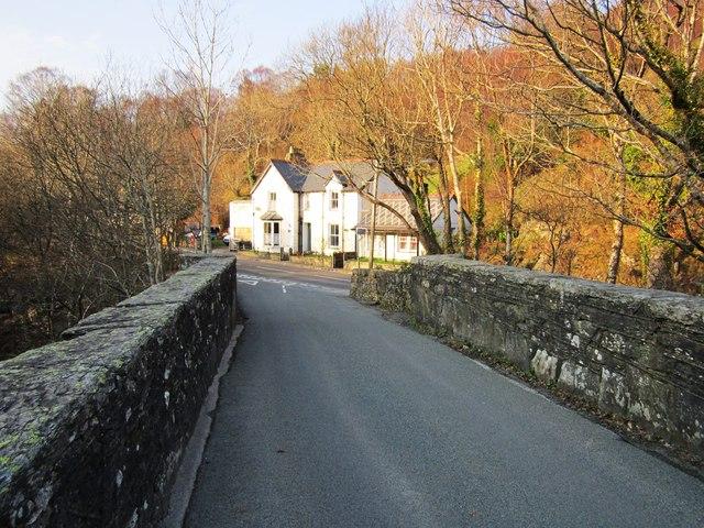 Pont Cyfyng
