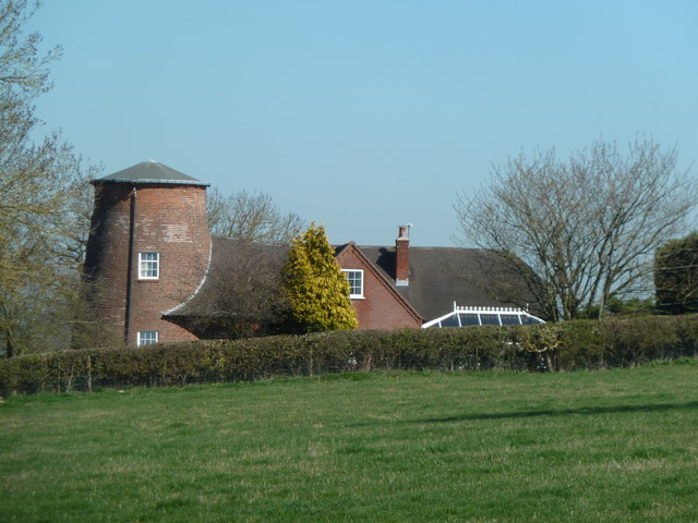 Former windmill - Holberrow Green