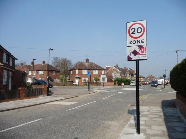 20 mph zone, Weir Hall Road