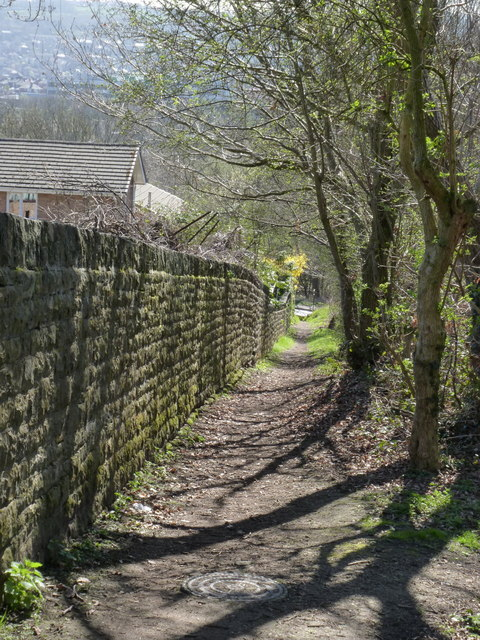 Footpath below Studfield Hill