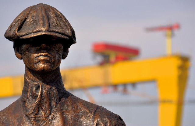 Titanic Yardmen sculpture, Belfast (3)