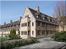 SP5106 : Nuffield College Houses, New Road, Oxford by Robin Sones
