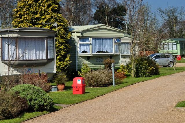 Fradley Junction: Kingfisher Holiday Park