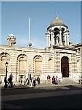 SP5106 : Entrance, Queen's College, High Street, Oxford by Robin Sones