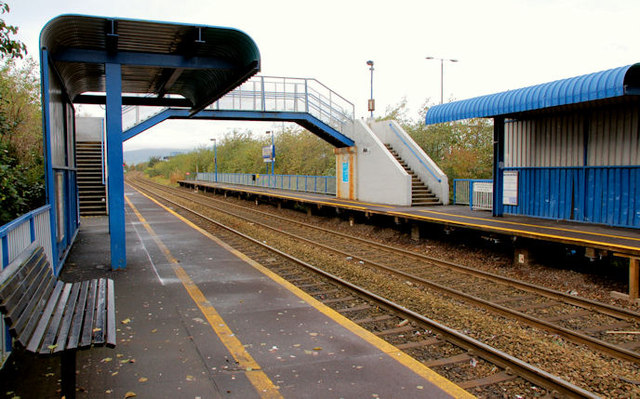 Passenger shelters, Bridge End station, Belfast (3)