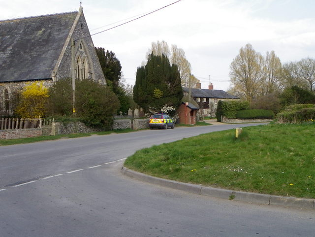 Minor road junction, Broad Chalke