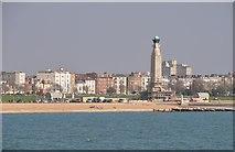 SZ6398 : Portsmouth : Southsea Beach & Memorial by Lewis Clarke