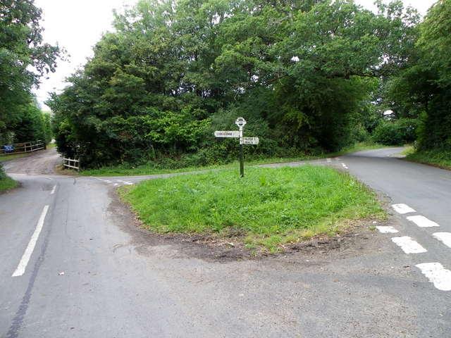 Minor road junction, Higher Halstock Leigh