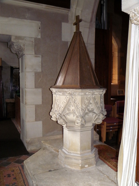Font, The Church of the Holy Rood