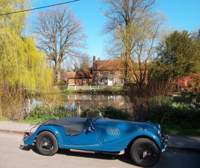 Car at Kidmore End