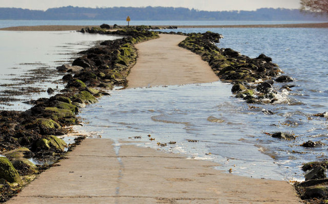 Causeway to Rough Island (12)