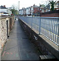 ST3088 : Queen's Hill pavement below road level, Newport by Jaggery
