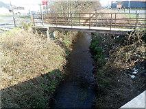 SH5639 : Footbridge over Y Cyt, Porthmadog by Jaggery