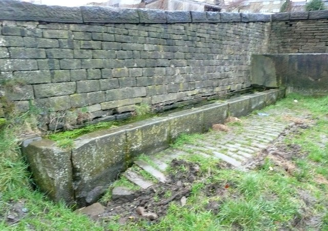 Water trough, Carr Hall Lane, Stainland