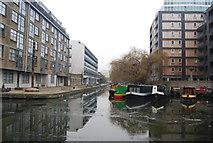 TQ3283 : Regents Canal - Wenlock Basin by N Chadwick
