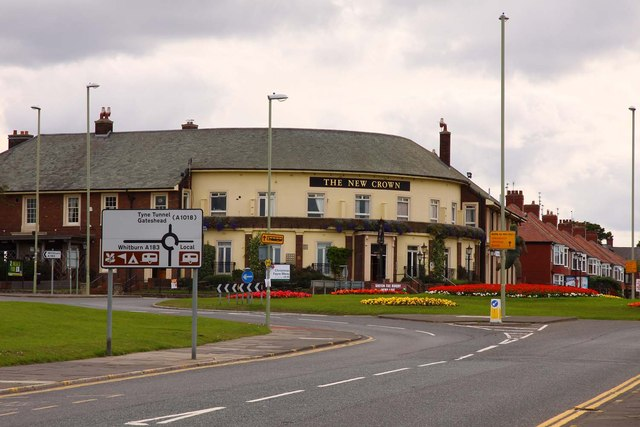 The New Crown by Gypsies Green Roundabout