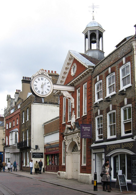 Rochester - clock on Corn Exchange © Dave Bevis cc-by-sa/2 ...