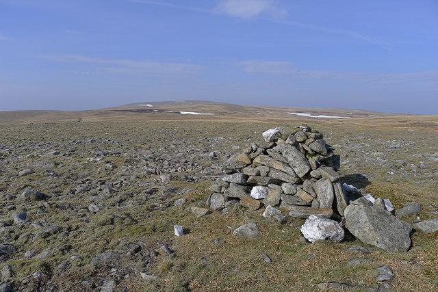 Cairn above Coire Eindart