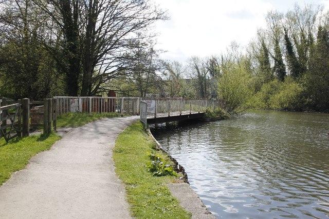 Footbridge by the Kennet