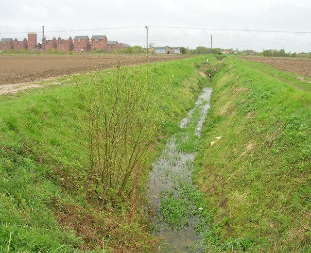 Drain running north of Mareham Lane