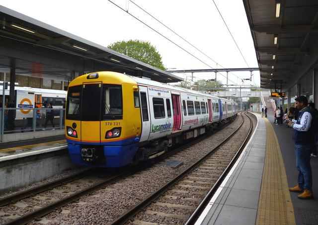 Highbury and Islington station