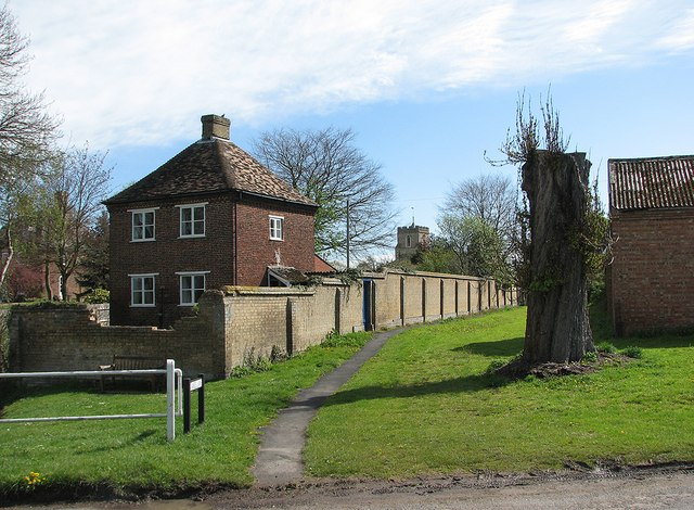 Harlton: Snakes Lane and The Dove House