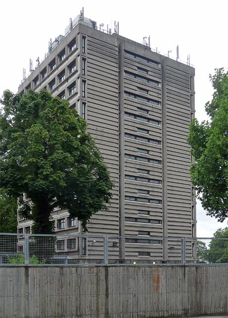 London Institute, Spalding Road