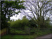 TM2750 : Footpath to New Road by Adrian Cable