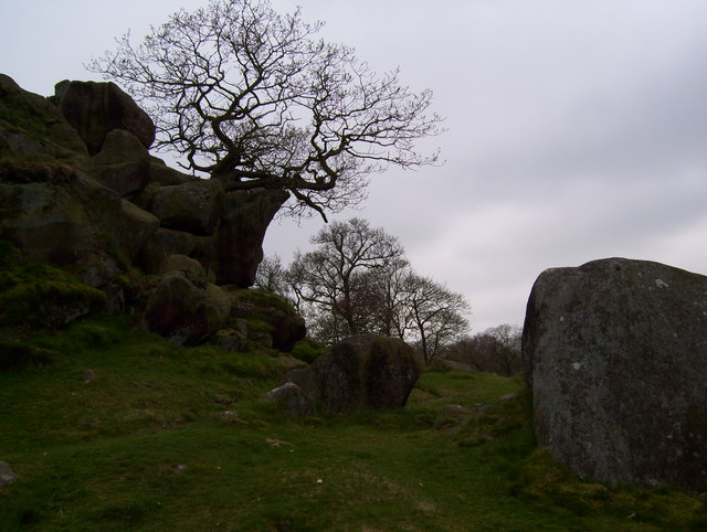 Rock outcrop at Robin Hood's Stride