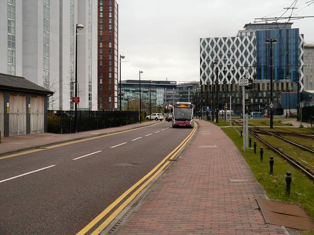 The Quays (Loop Road)