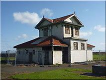 NT6779 : East Lothian Townscape : The Pavilion at Winterfield Park, Dunbar by Richard West