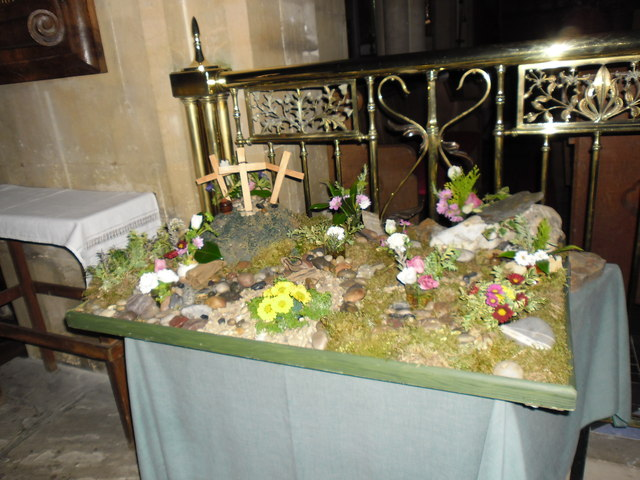 Christ Church at Church Crookham: Easter Garden