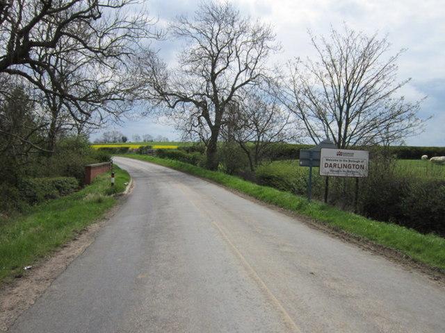 Entering Darlington on Bleach House Bank (road)