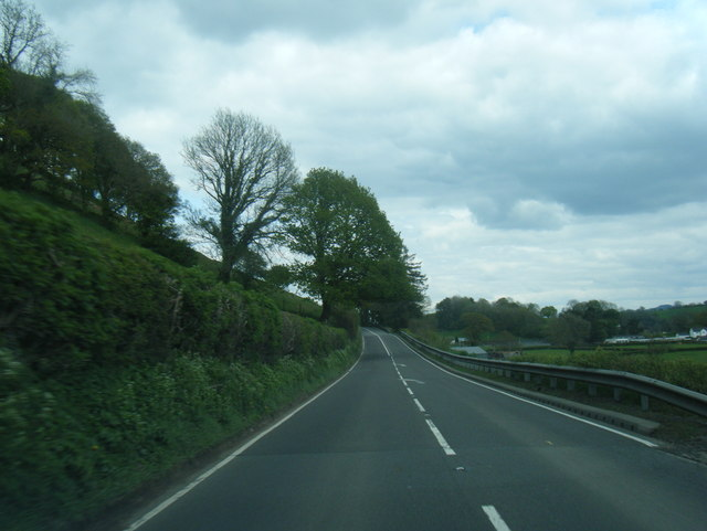 A40 near Nantgaredig by Colin Pyle
