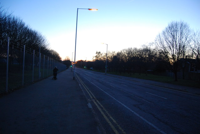 Queen's Avenue