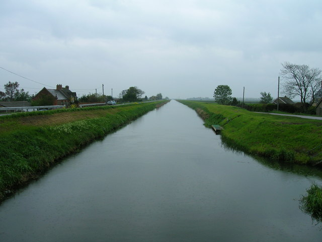 Forty Foot Drain from Puddock Bridge