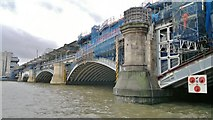 TQ3180 : Blackfriars Railway Bridge by Chris Morgan