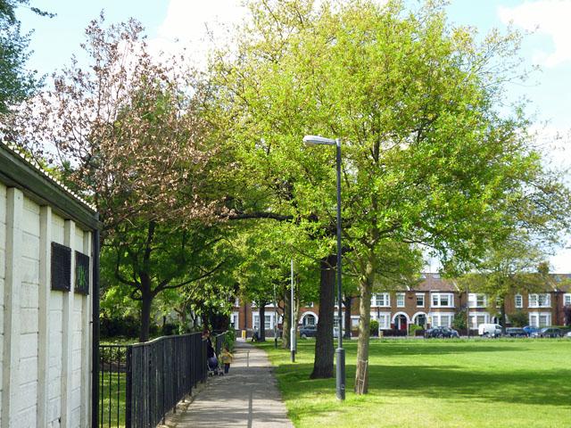 Path, Garratt Green