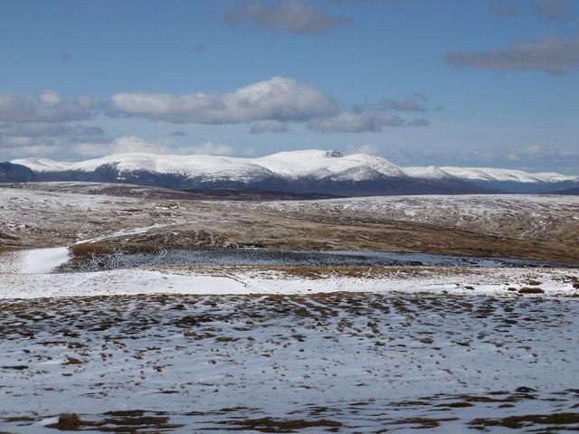 Lochnagar looms over the plateau between Glen Clova and Glen Esk
