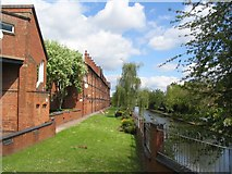 SP3380 : Cash's houses and Coventry Canal by E Gammie