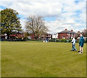 SJ9297 : Oxford Park Bowling Green by Gerald England