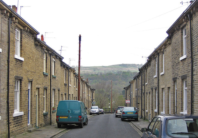 View across the Aire valley along Fanny Street