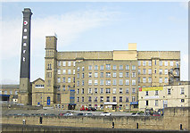 SE1039 : Damart factory and chimney, Bingley by Pauline E