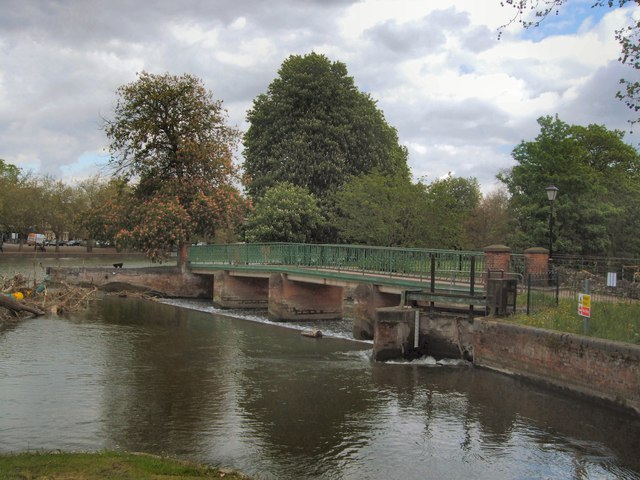 Lock on River Great Ouse