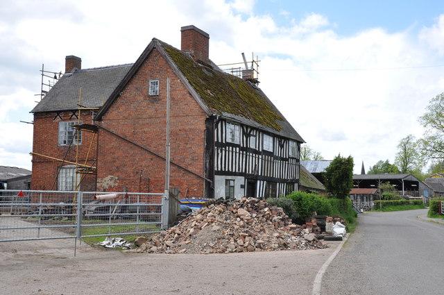 House Restoration in progress, Lower Street, Doveridge