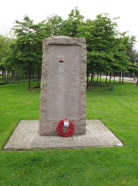 South Metropolitan Gas Co war memorial